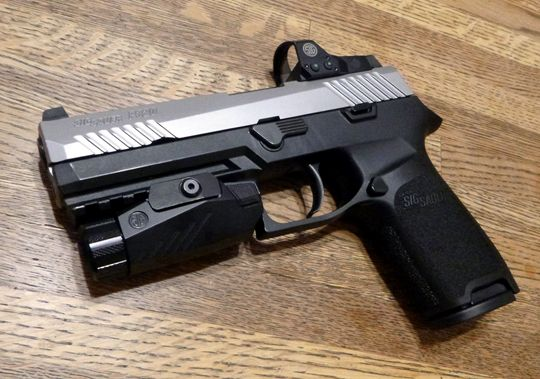 SIG Sauer Night Fighter
